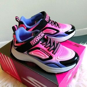 Sketchers Go Run Consistent Sneakers Size 11